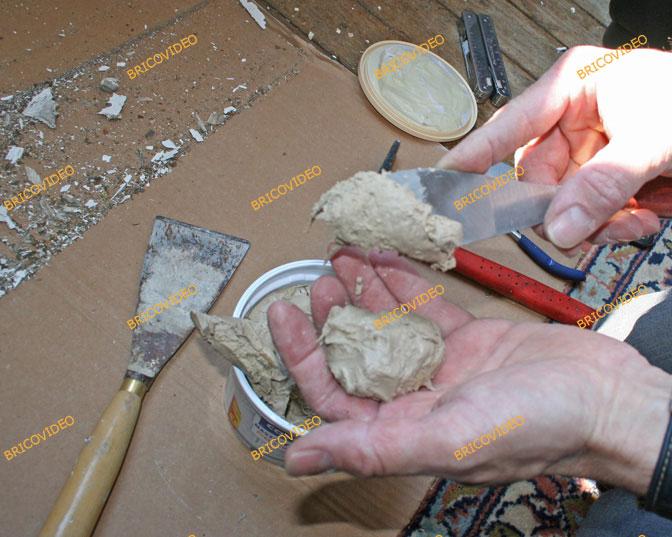 Avis travaux de bricolage d couper un rond dans vitre for Reparation fenetre bois