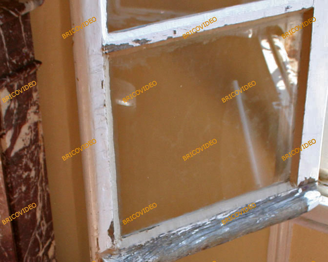 Bricolage questions r ponses collage vitre sur lucarne de porte - Remplacer une vitre de porte ...