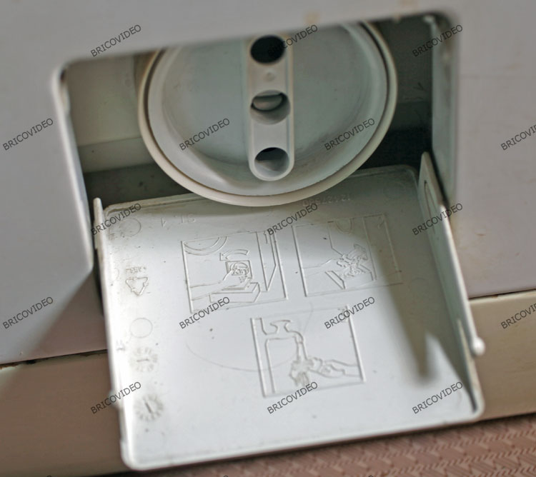 lave linge/ouvrir porte filtre lave linge