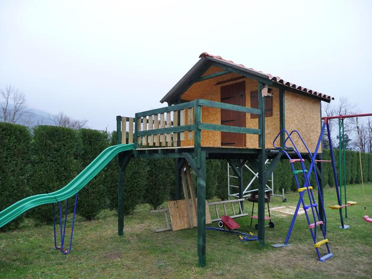 Choisir mat riaux menuiserie de la maison abris de jardin - Plans pour construire une cabane en bois de palette ...