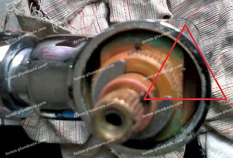 bricovideo demontage mitigeur de douche 02