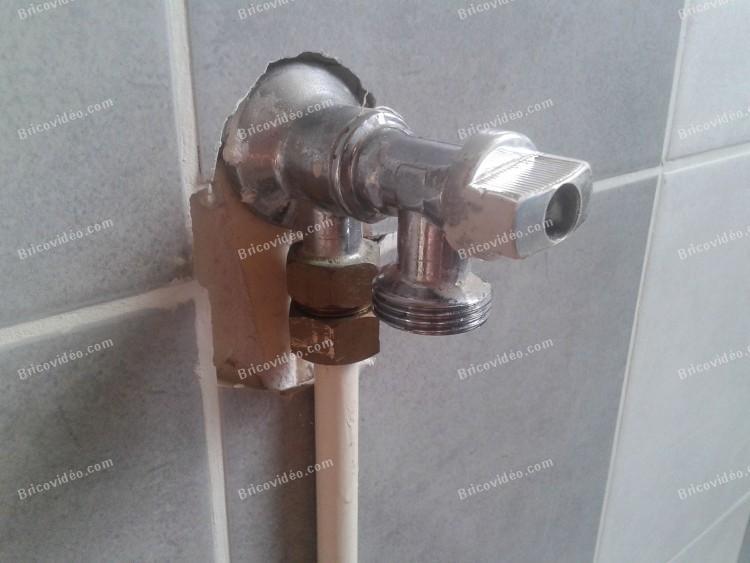 bricovideo fuite robinet arrivee d eau lave linge