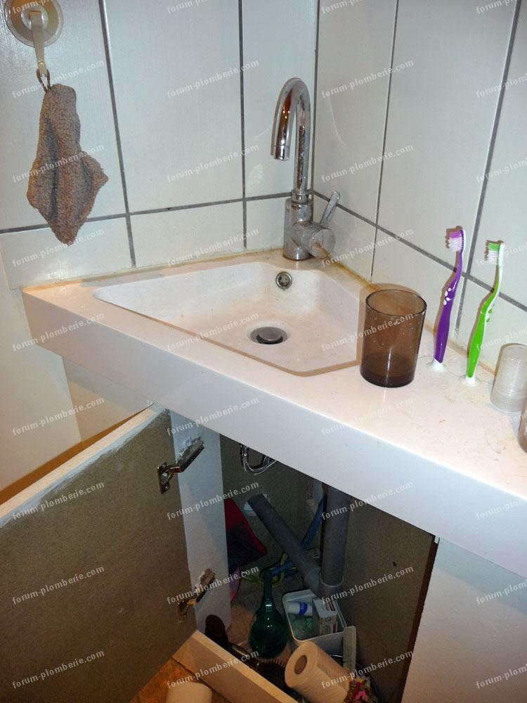 choix plomberie maisons probl mes d 39 odeur wc vacuation dans les combles. Black Bedroom Furniture Sets. Home Design Ideas