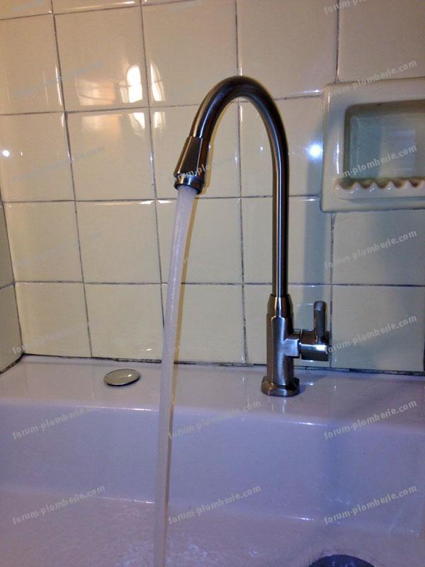 bricovideo robinet ef installer