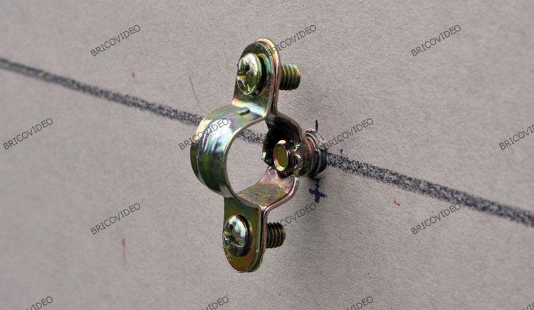 collier de fixation plomberie