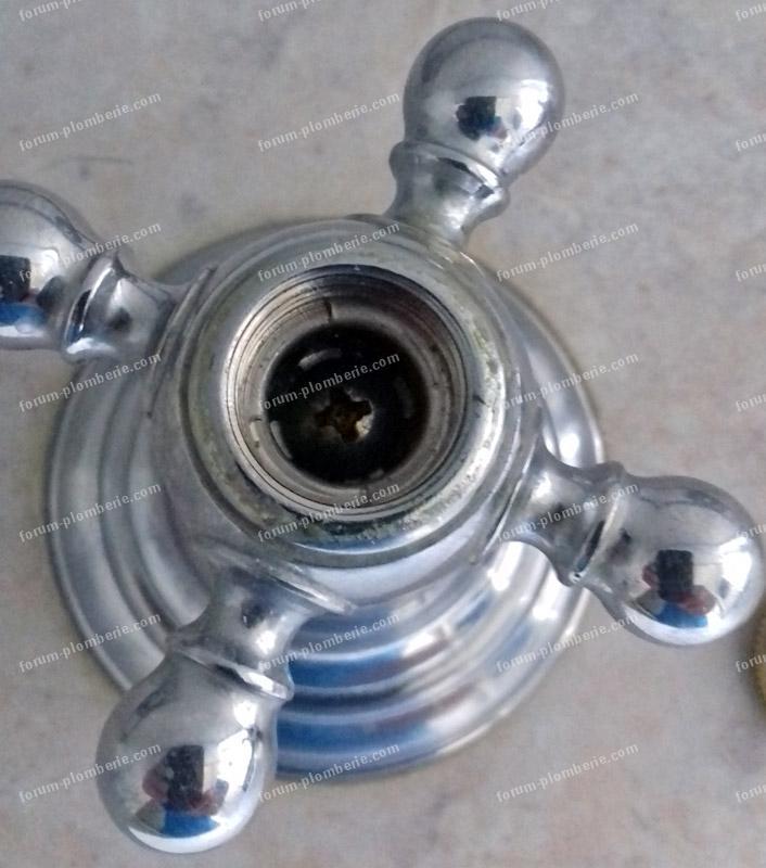 demontage tete de robinet en croisillon