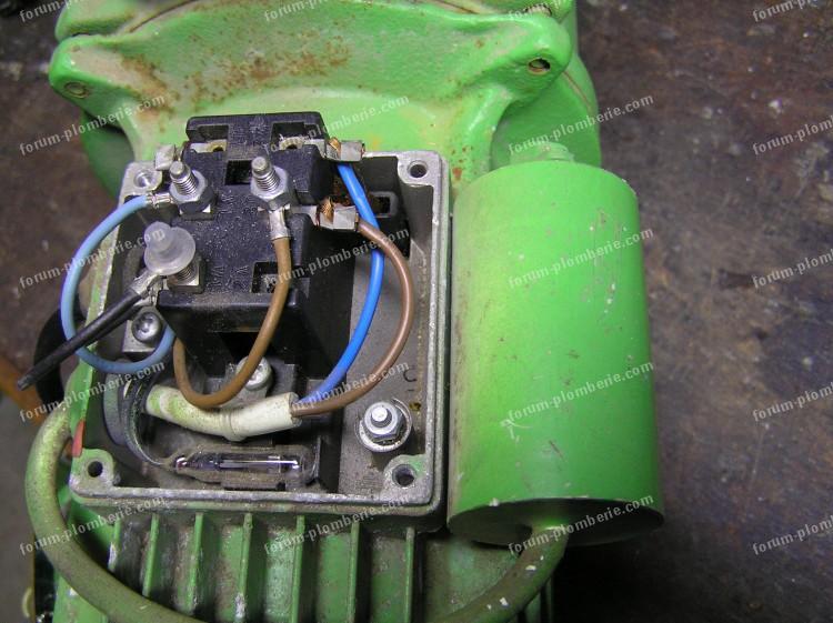 depannage pompe a eau 06