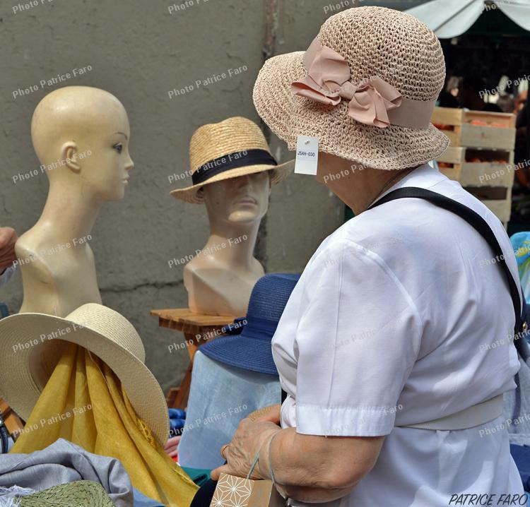 la marchande de chapeaux