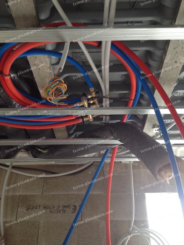 passer tuyaux rails de plafond 2