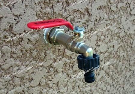 pose robinet exterieur
