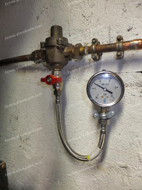 reducteur de pression et manometre