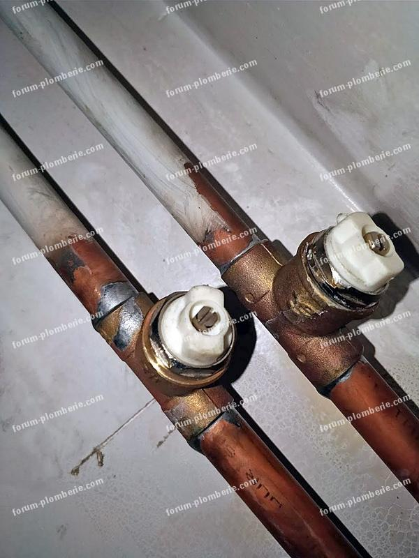 robinets tuyaux de chauffage