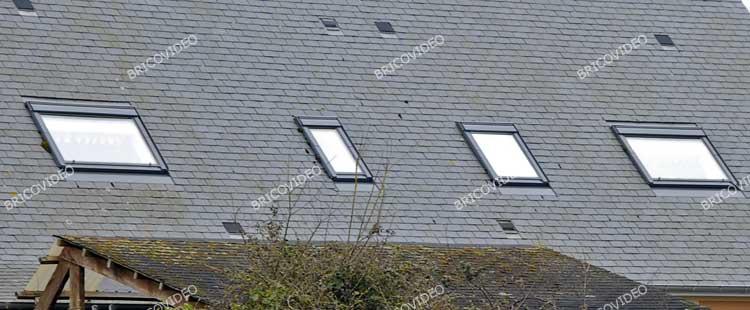 Travaux toiture conseils astuces poser une sur toiture en for Poser fenetre de toit